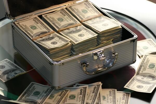 """お金を稼ぎたければ""""人間力""""を鍛えて人から信用される人になろう"""