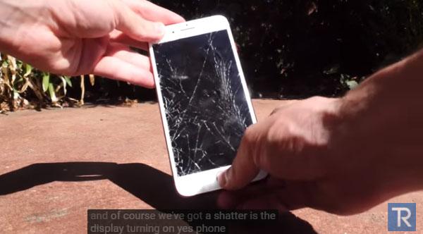 iPhone7Plusを画面を下にして落とした結果