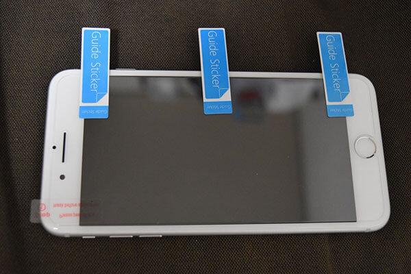 スマホに保護フィルムを綺麗に貼る簡単な方法2