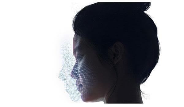 日焼け止めNG?化粧NG?iPhoneX「顔認証」の弱点が判明!