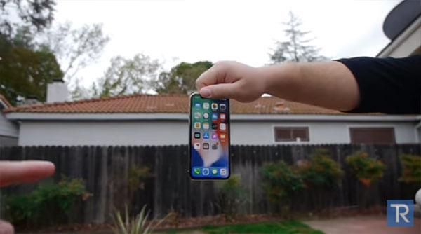 iPhoneXの画面割れ実験動画1