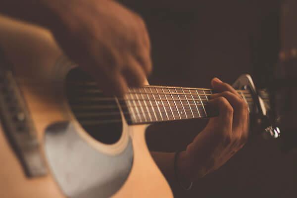 ギターを始めたいあなたに!初心者向けギター選び講座